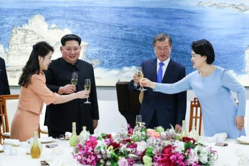 """South Korea's President Moon Jae-in (2nd R) said the North's moratorium on nuclear and long-range missile tests is """"very significant"""""""