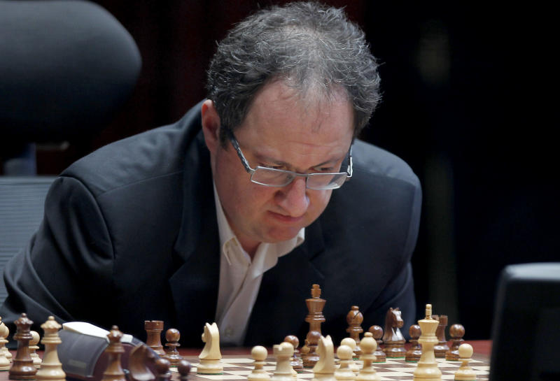 Boris Gelfand of Israel, contemplates his next move during a match against World Chess champion Viswanathan Anand from India, at the FIDE World Chess Championship tie break match at Moscow's Tretyakovsky State Gallery, Russia, Wednesday, May 30, 2012. (AP Photo/Misha Japaridze)