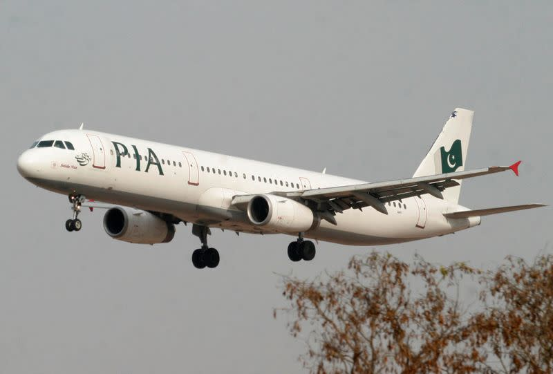 U.S. bans Pakistan International Airlines flights over pilot concerns