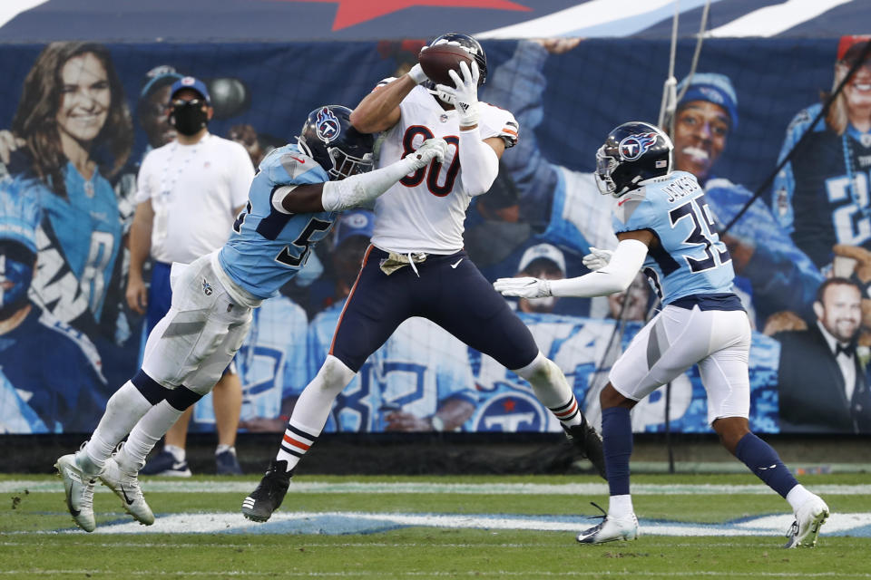 Chicago Bears tight end Jimmy Graham (80) catches an 8-yard touchdown pass against the Tennessee Titans in the second half of an NFL football game Sunday, Nov. 8, 2020, in Nashville, Tenn. (AP Photo/Wade Payne)
