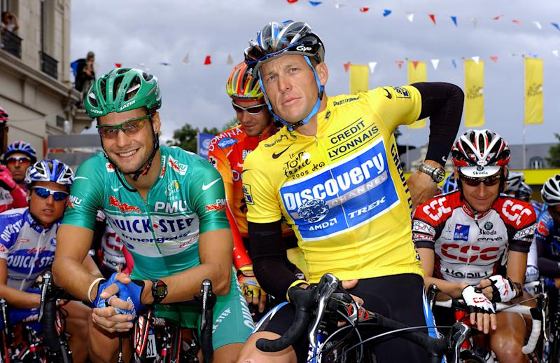 Tom Boonen and Lance Armstrong on the start line of stage 8 at the 2005 Tour de France