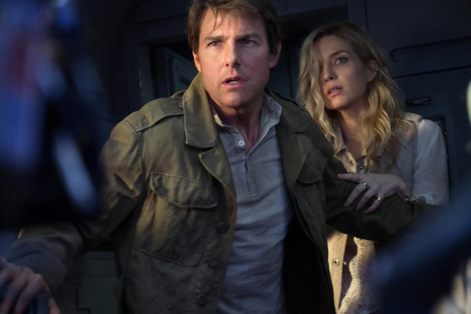 Tom Cruise and Annabelle Wallis in The Mummy (Credit: Universal)