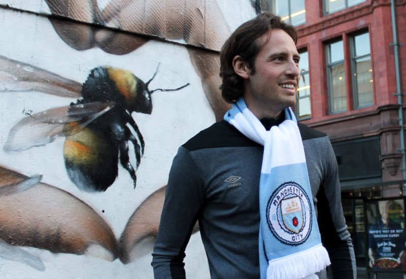 Manchester City have signed U.S. midfielder Mix Diskerud, say Umbro