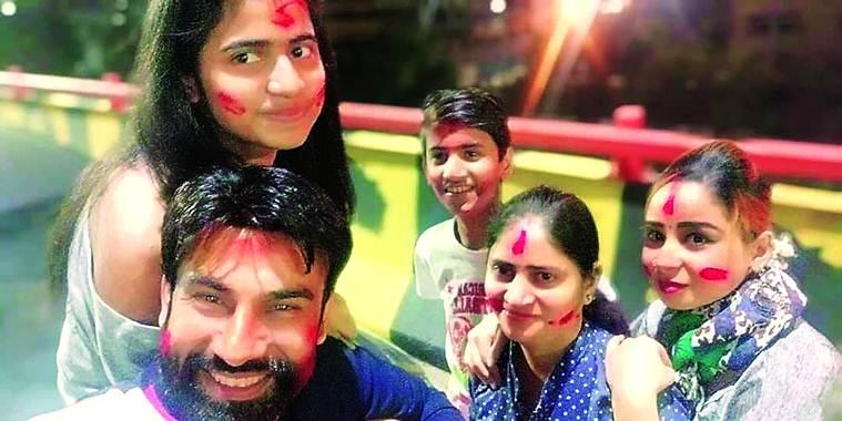 Ghaziabad: Man kills his 2 kids before jumping to death with wife, another woman