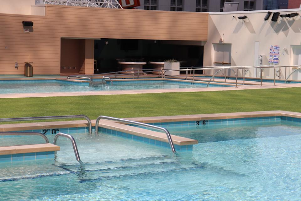 The multi-tiered spacewill havesix pools.