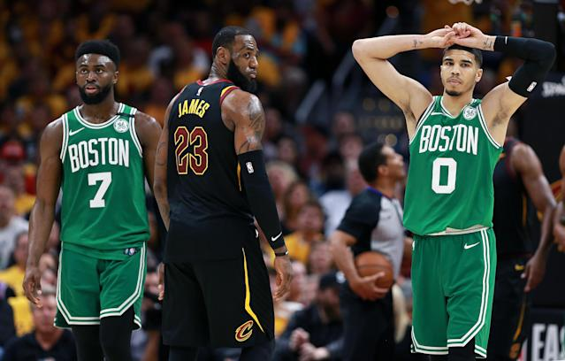 Yahoo Sports NBA insiders Chris Mannix and Brian Scalabrine preview game five of the Eastern Conference Finals after the Cavaliers won two straight to even the series and debate what the Celtics need to do to stop the Cavs from advancing once again.