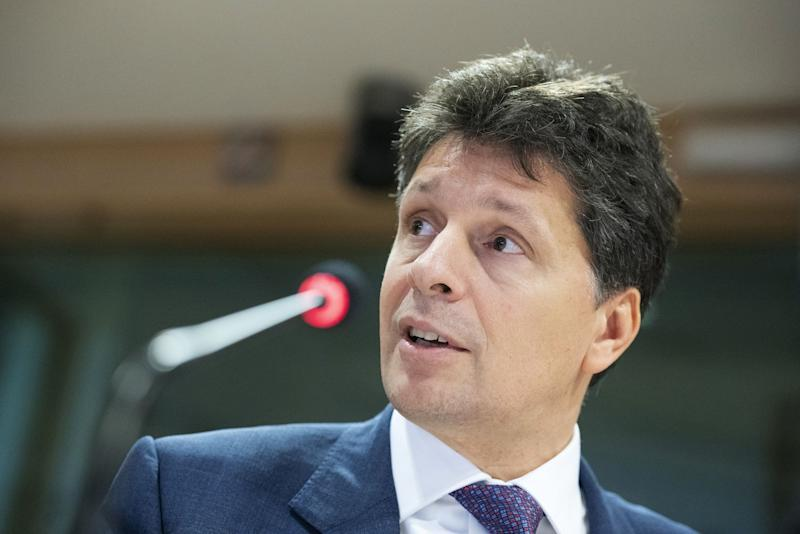Top EU Banking Regulator Moves to Lobbying, Sparking Criticism