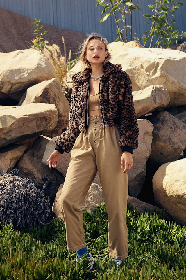"<p>You can style these <a href=""https://www.popsugar.com/buy/UO-Terra-High-Waisted-Paperbag-Pants-494125?p_name=UO%20Terra%20High-Waisted%20Paperbag%20Pants&retailer=urbanoutfitters.com&pid=494125&price=59&evar1=fab%3Aus&evar9=46676606&evar98=https%3A%2F%2Fwww.popsugar.com%2Ffashion%2Fphoto-gallery%2F46676606%2Fimage%2F46676613%2FUO-Terra-High-Waisted-Paperbag-Pants&list1=shopping%2Cfall%2Cpants%2Cfall%20shopping%2Ccomfortable%20clothes&prop13=api&pdata=1"" rel=""nofollow"" data-shoppable-link=""1"" target=""_blank"" class=""ga-track"" data-ga-category=""Related"" data-ga-label=""https://www.urbanoutfitters.com/shop/uo-terra-high-rise-paperbag-pant?category=womens-bottoms&amp;color=025&amp;quantity=1&amp;type=REGULAR"" data-ga-action=""In-Line Links"">UO Terra High-Waisted Paperbag Pants</a> ($59) so many ways.</p>"