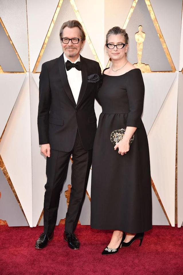 <p>Gary Oldman and Gisele Schmidt attend the 90th Academy Awards in Hollywood, Calif., March 4, 2018. (Photo: Steve Granitz/WireImage) </p>