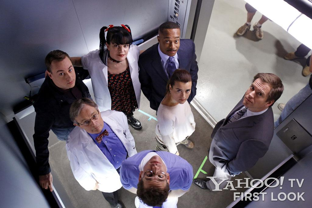 "Behind-the-scenes photo of the scene that found seven cast members meeting in the ""NCIS"" elevator."
