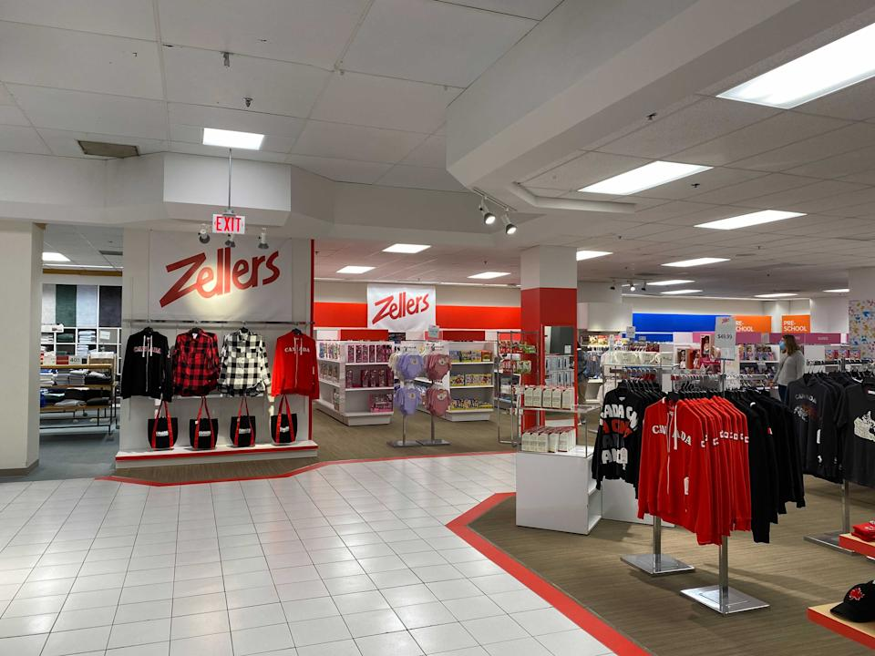 A Zellers pop-up show is now open in the Hudson's Bay department store in the Burlington Centre mall.