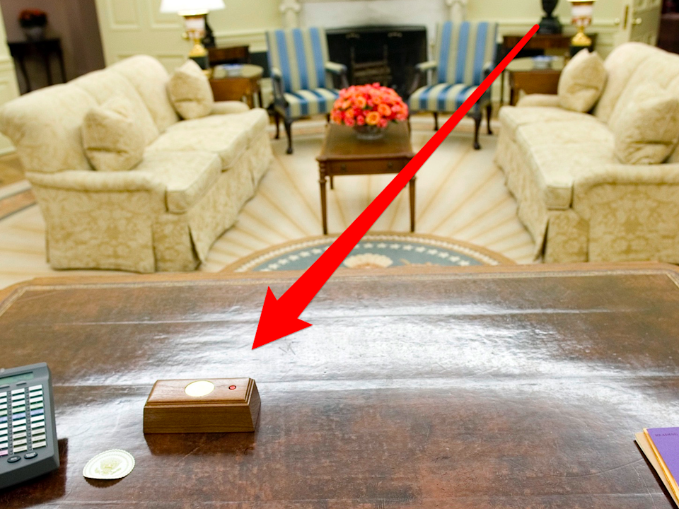 resolute desk button skitch oval office