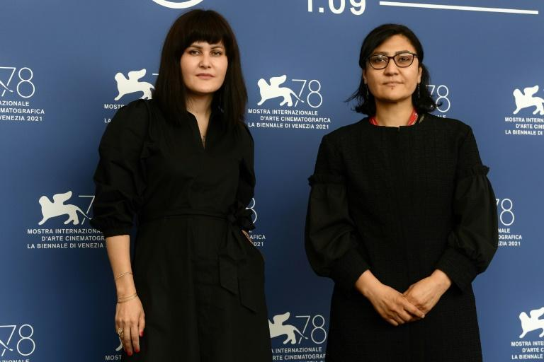 """Sahra Mani (R) on August 15 """"had to take the hardest decision in my life: to stay or leave the country."""" She left. (AFP/Filippo MONTEFORTE)"""