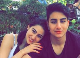 Sara Ali Khan shares picture of Ibrahim flaunting his abs, netizens go frenzy!