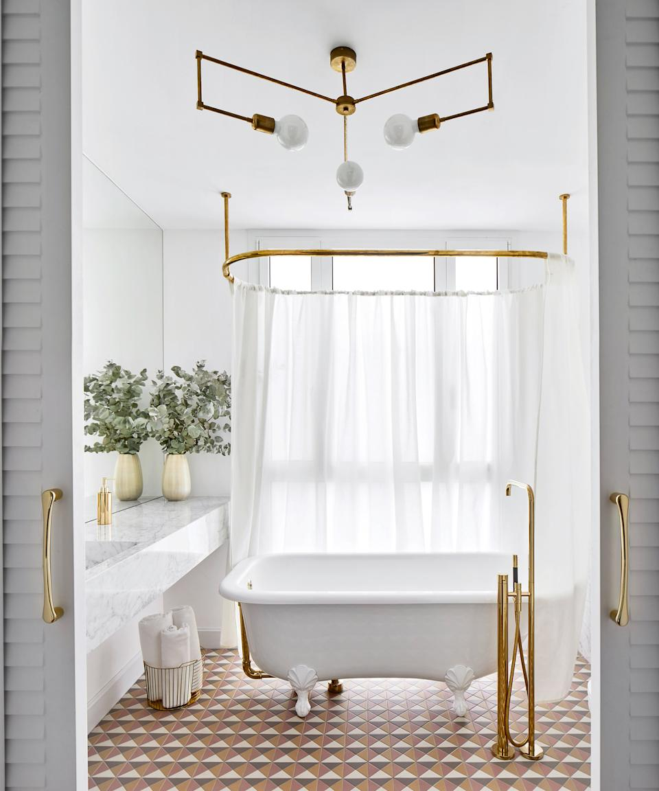 Small-bathroom-tile-ideas-Victoria-and-Albert-Jose-Hevia