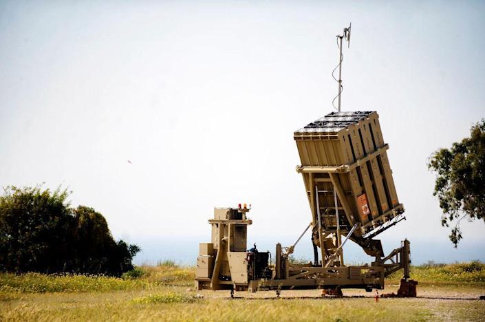 By Israel Defense Forces - Iron Dome Battery Deployed Near Ashkelon, CC BY 2.0, https://commons.wikimedia.org/w/index.php?curid=34382720