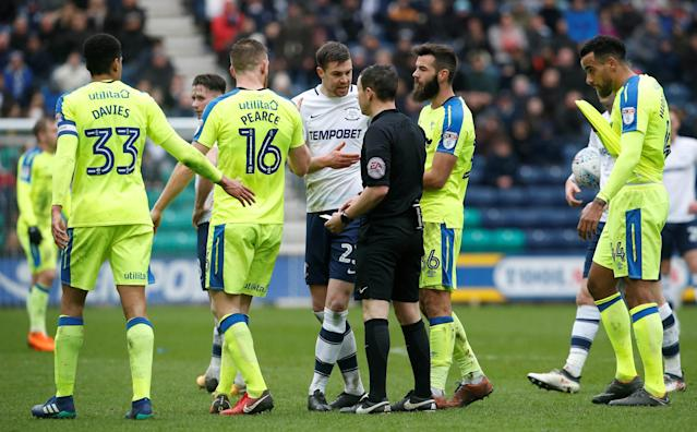 "Soccer Football - Championship - Preston North End vs Derby County - Deepdale, Preston, Britain - April 2, 2018 Preston North End's Paul Huntington speaks to the Referee Action Images/Craig Brough EDITORIAL USE ONLY. No use with unauthorized audio, video, data, fixture lists, club/league logos or ""live"" services. Online in-match use limited to 75 images, no video emulation. No use in betting, games or single club/league/player publications. Please contact your account representative for further details."