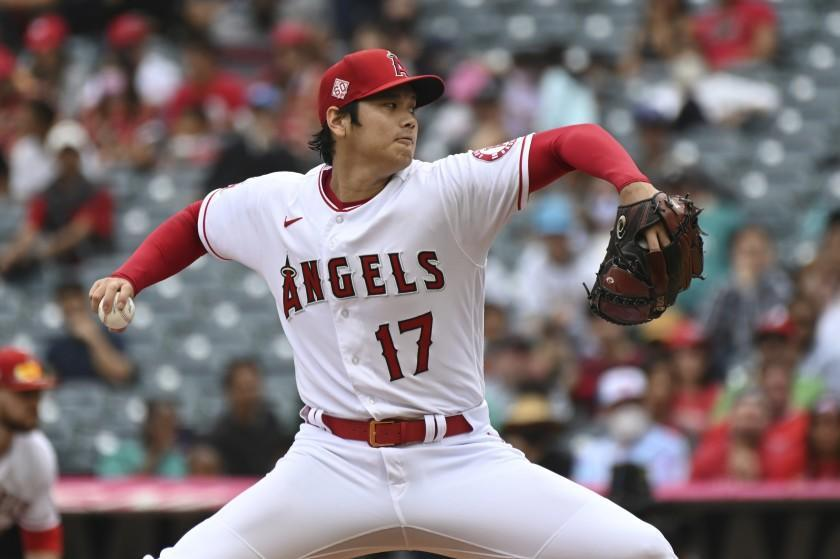Los Angeles Angels pitcher Shohei Ohtani throws to home plate during the first inning.