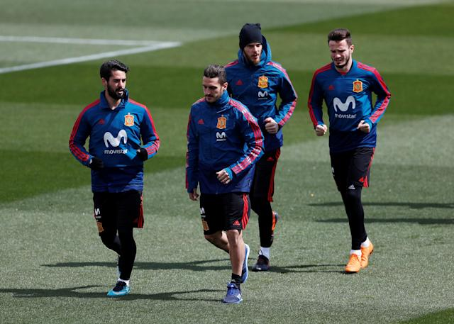 Soccer Football - Spain Training - Las Rozas, Spain - March 24, 2018 Spain's Isco, Koke, David de Gea and Saul during training REUTERS/Juan Medina