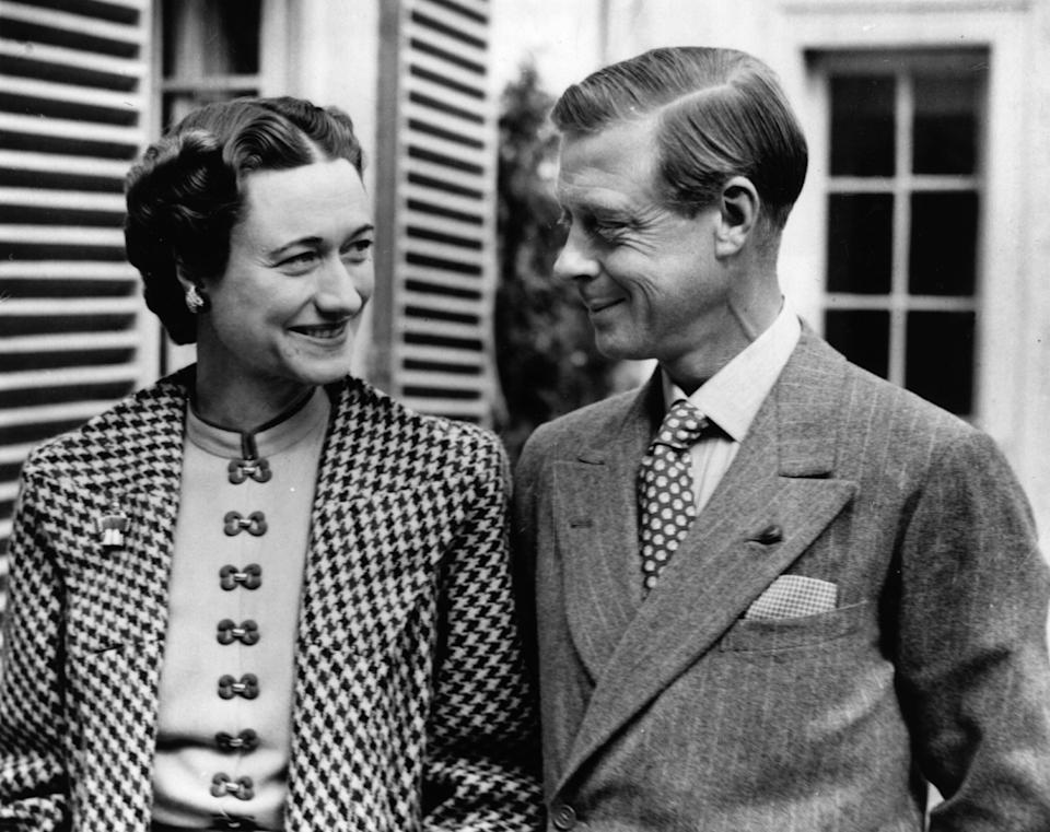 The Duke (1894 - 1972) and Duchess (1896 - 1986) of Windsor in England after an absence of nearly three years, in the garden of Major Edward Dudley Metcalfe's country house, Coleman's Hatch, Ashdown Forest, Sussex.     (Photo by Hulton Archive/Getty Images)