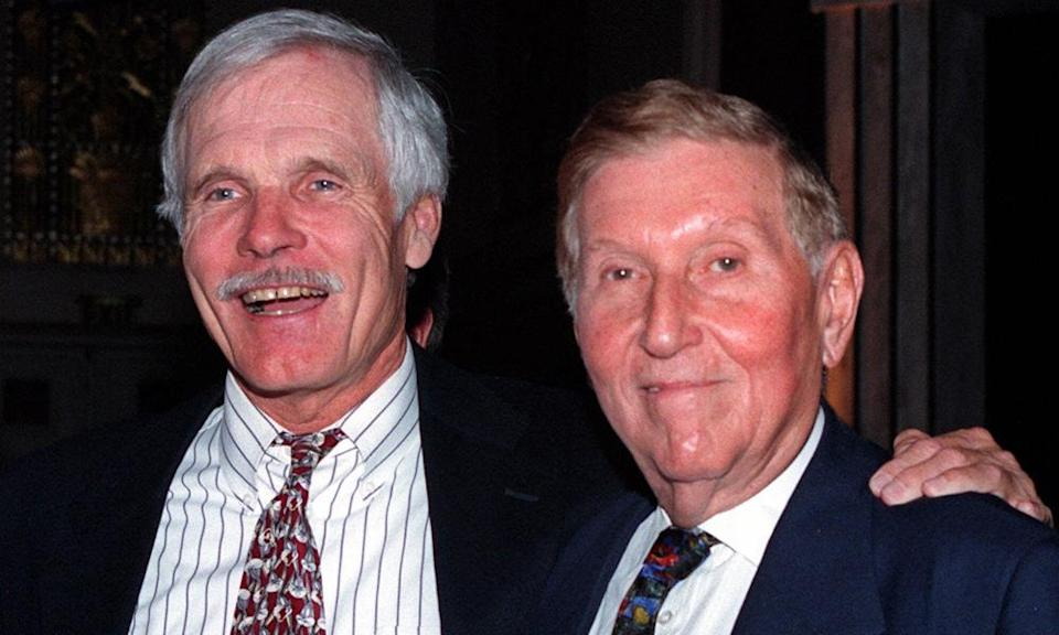 Sumner Redstone, right, with Ted Turner of Time Warner at Business Week's first annual Global Convergence Summit in New York, 1998.