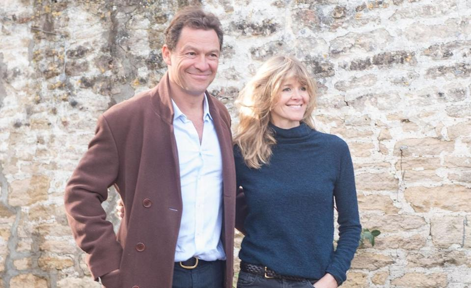 Dominic West y Catherine FitzGerald. (Foto: GlosPics / Getty Images)