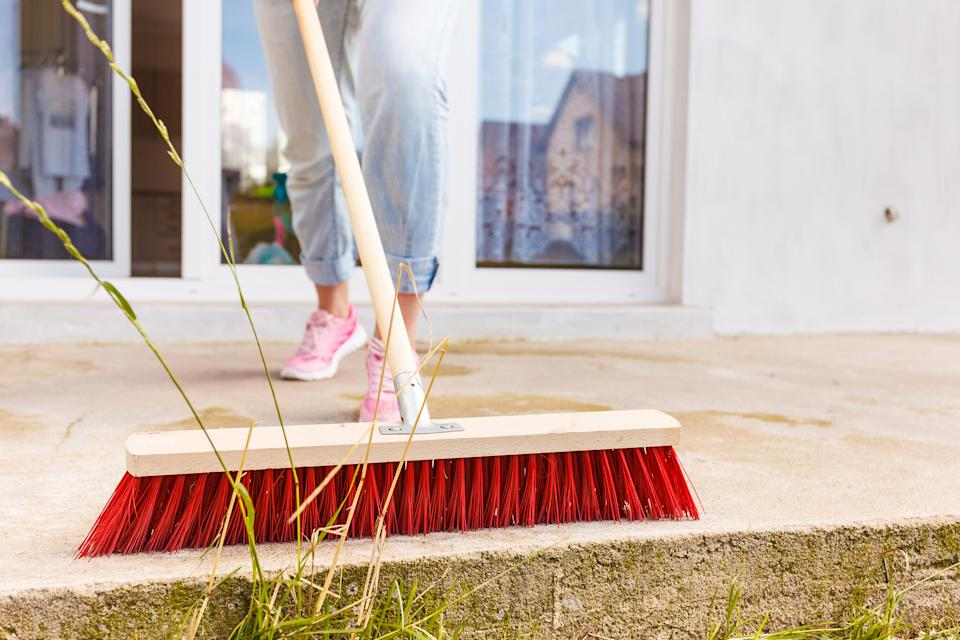 winter garden jobs: patio sweeping