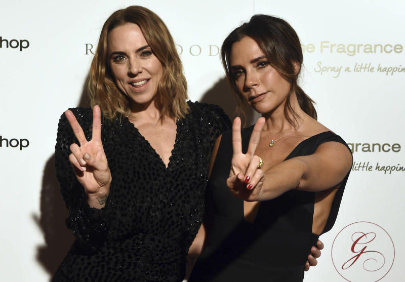 Victoria Beckham and Mel C at The Global Gift Gala in London, England. (KGC-03/KGC-891/STAR MAX/IPx)
