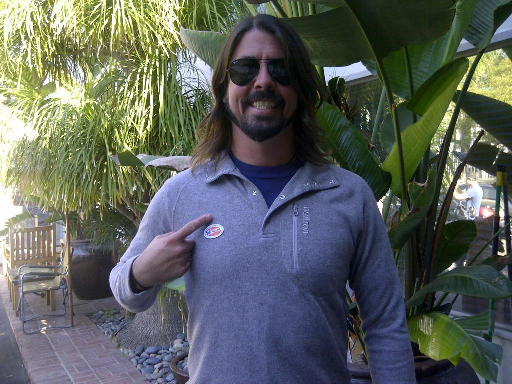 ‏@foofighters