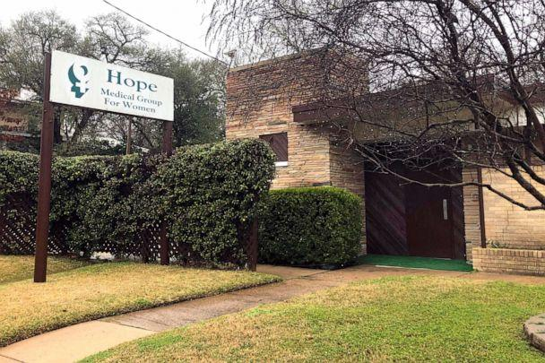 PHOTO: An exterior photo of the Hope Medical Group for Women, Feb. 20, 2020, in Shreveport, La. (Rebecca Santana/AP)
