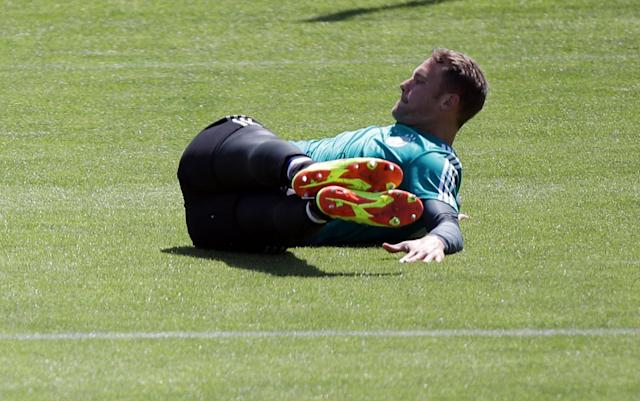 Soccer Football - FIFA World Cup - Germany Training - Eppan, Italy - June 5, 2018 Germany's Manuel Neuer during training REUTERS/Lisi Niesner