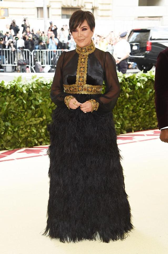 <p>The matriarch wouldn't be upstaged by her daughters, wearing this gorgeous gown by Tommy Hilfiger. (Photo: Getty Images) </p>