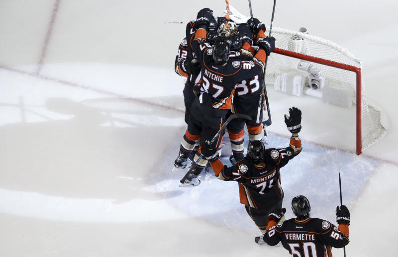 Nashville Predators vs Anaheim Ducks: Game 3 Preview