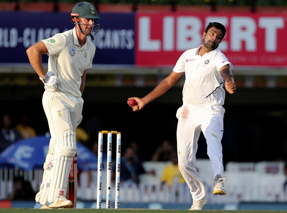 Matches - 70, Innings - 131, Wickets - 362, Bowling Average - 25.36, Strike Rate - 53.6, 10 Wickets - 7, Best Figures - 7/59