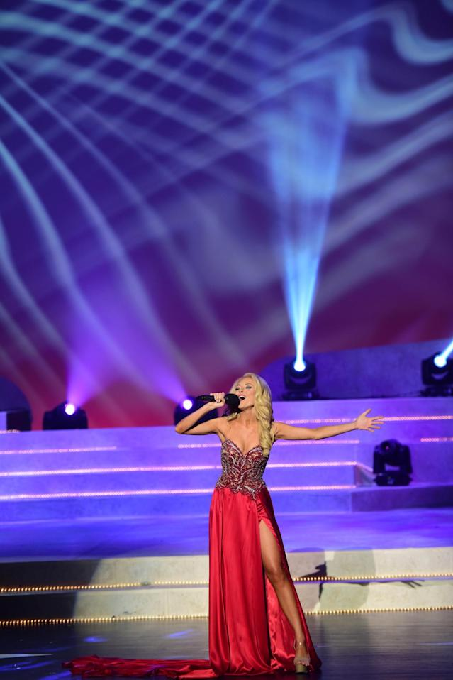 Miss Tennessee Caty Davis says her father passed on to her a love of music. (Photo: Courtesy of Miss America)