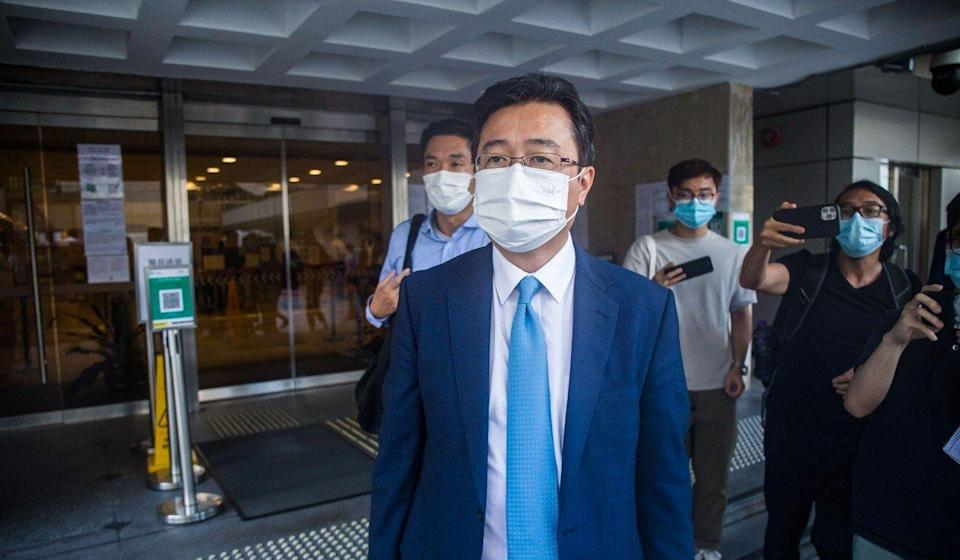 Lingnan University associate vice-president Lau Chi-pang leaves the High Court after his testimony on Monday. Photo: Brian Wong