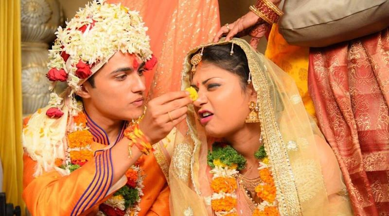 Pune Woman Posts Pictures of Her Interfaith Wedding in Support of 'Controversial' Tanishq Ad, Files FIR After Receiving 40,000 Abusive Messages Online