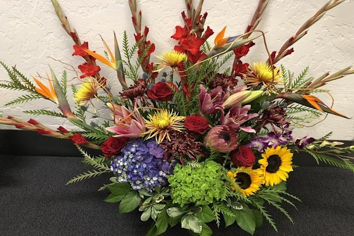 "<b>Photo: seulberger's florist & gifts/<a href=""https://www.yelp.com/biz_photos/seulbergers-florist-and-gifts-oakland?utm_campaign=2e5995a8-3602-4327-8dd8-5110a1f2da85%2C6ff6b04d-56ee-4438-915b-10fe9892804a&utm_medium=81024472-a80c-4266-a0e5-a3bf8775daa7"" rel=""nofollow noopener"" target=""_blank"" data-ylk=""slk:Yelp"" class=""link rapid-noclick-resp"">Yelp</a></b><br>"