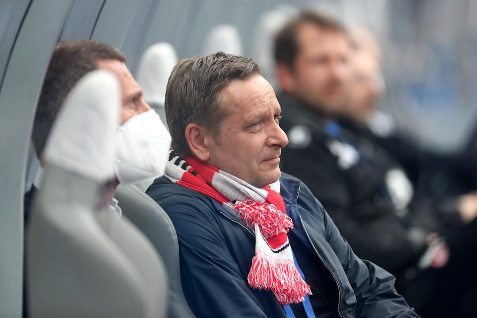 BERLIN, GERMANY - MAY 15: 1. FC Koeln Sporting Director Horst  Heldt looks on prior to the Bundesliga match between Hertha BSC and 1. FC Koeln at Olympiastadion on May 15, 2021 in Berlin, Germany. Sporting stadiums around Germany remain under strict restrictions due to the Coronavirus Pandemic as Government social distancing laws prohibit fans inside venues resulting in games being played behind closed doors.  (Photo by Filip Singer - Pool/Getty Images)