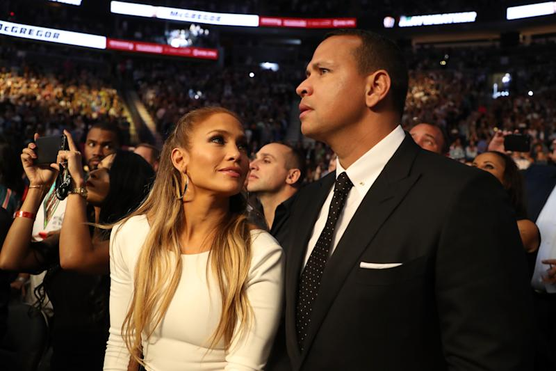 Jennifer Lopez, Charlize Theron and More Stars Sit Ringside at Floyd Mayweather-Conor McGregor Fight
