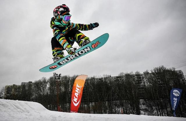 Russian snowboarder Vasilisa Ermakova, 6, trains at the Kant ski club in southern Moscow (AFP Photo/Alexander NEMENOV)