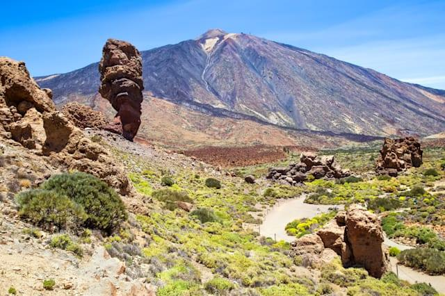 Holidaymakers fear Mount Teide volcano in Tenerife will erupt