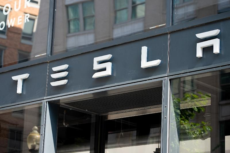 More trouble for Tesla after executives resign