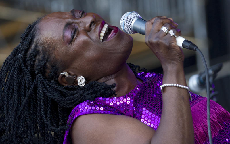 Sharon Jones diagnosed with cancer, cancels album