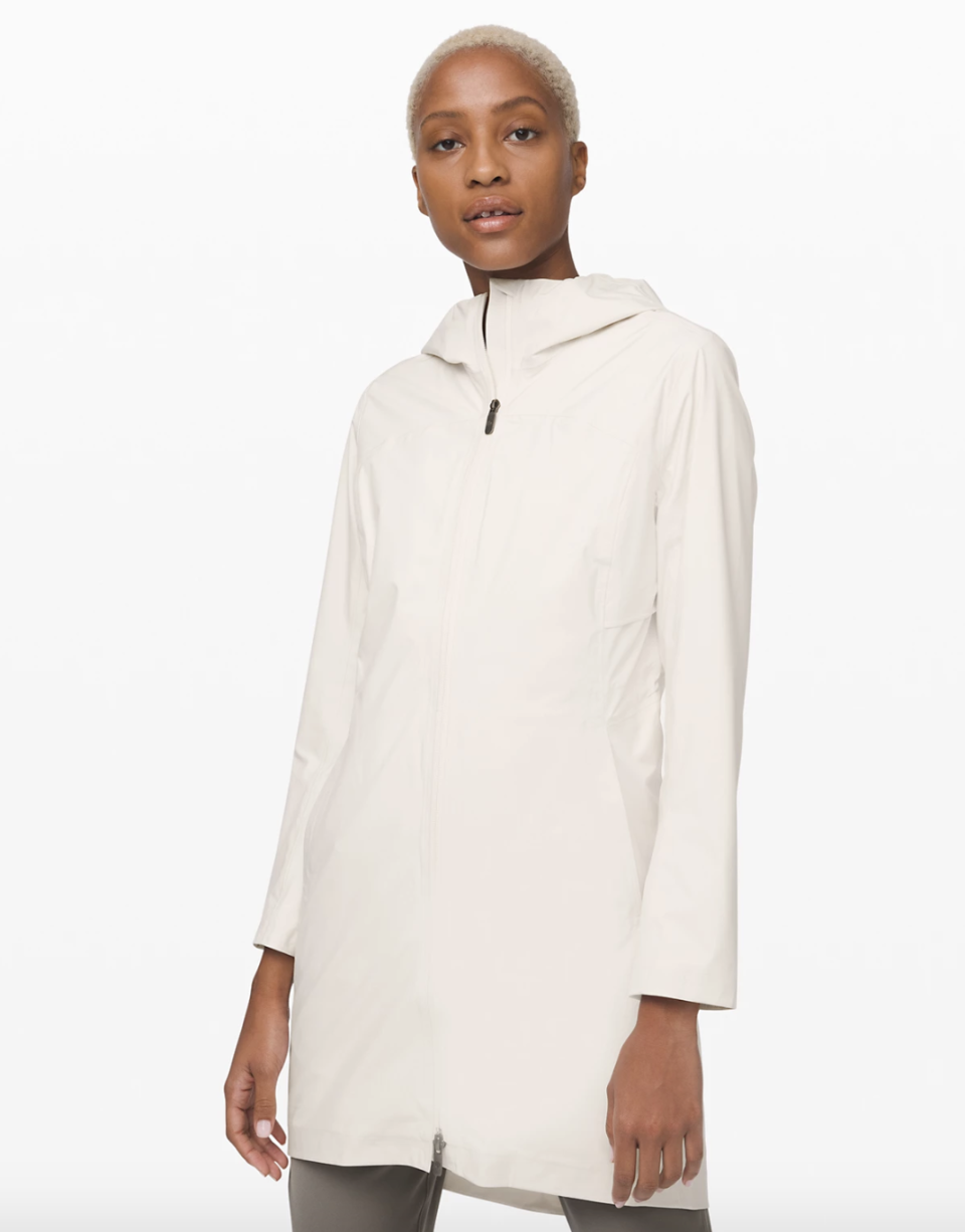 Rain Rebel Jacket in light ivory