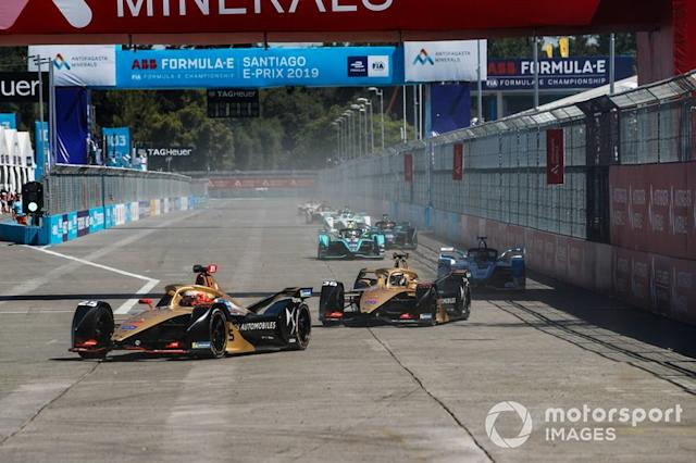 "Jean-Eric Vergne, DS TECHEETAH, DS E-Tense FE19, Andre Lotterer, DS TECHEETAH, DS E-Tense FE19, Antonio Felix da Costa, BMW i Andretti Motorsport, BMW iFE.18 <span class=""copyright"">Joe Portlock / Motorsport Images</span>"