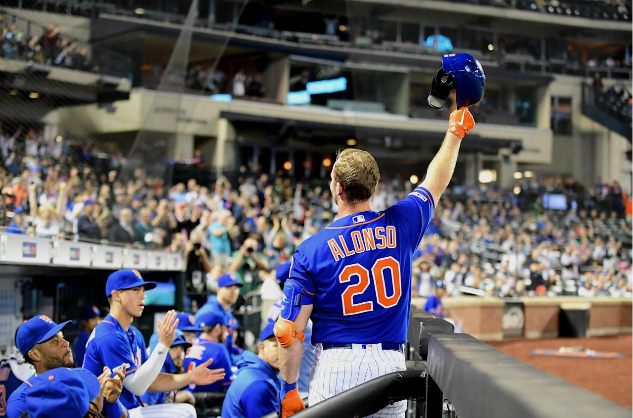 Pete Alonso sets MLB record for most homers by a rookie