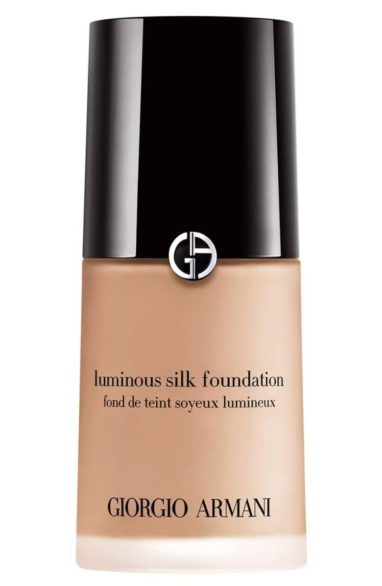 """<p><strong> The Product:</strong> <span>Giorgio Armani Luminous Silk Foundation </span> ($64)</p> <p><strong> The Rating: </strong> 4.6 Stars, over 1,100 reviews </p> <p><strong> Why Customers Love It: </strong> Reviewer's rave about this foundation's buildable coverage, which you can apply as light or as heavy as you wish. This customer was happy with its lightweight feel. """"I just simply love how I can control the coverage easily and still look natural.""""</p>"""