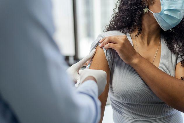 Can you mix and match vaccine doses? Here's what we know now. (Photo: Fly View Productions via Getty Images)
