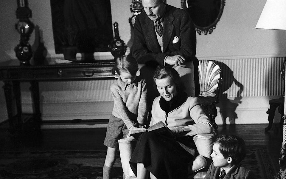 Sir Oswald Mosley leader of the Fascists Union Movement watches over his second wife Diana Mosley and their two sons Max 6 and Alexander 9 1947. - Daily Mirror